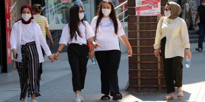 Bolu'da maske takmayan 802 kişiye maske cezası! Para cezaları milyonu buldu