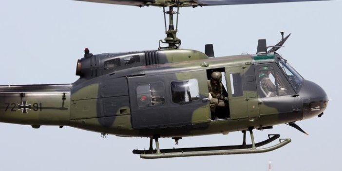 Askeri helikopter demir yığınına döndü