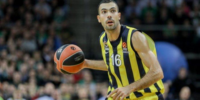 Kostas Sloukas eski takımına geri döndü