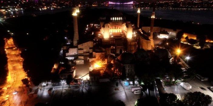 Salavat ve tekbir sesleri yankılandı! Ayasofya'da sabah namazı heyecanı