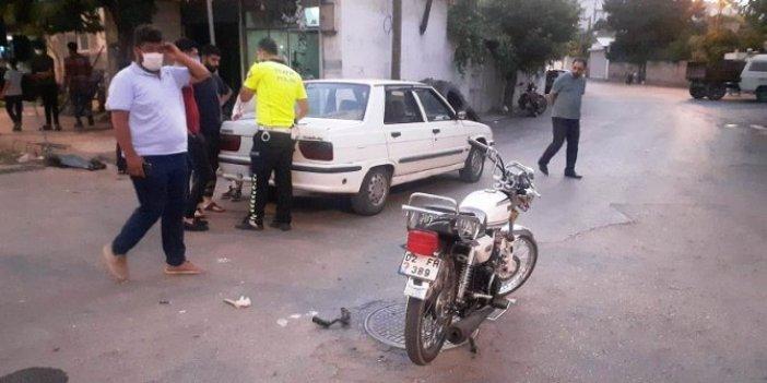Adıyaman'da, otomobil ile çarpışan motosikletteki 2 kişi yaralandı