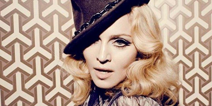 """Madonna'dan Google'a çağrı: """"O ülkeyi haritaya geri koyun"""""""