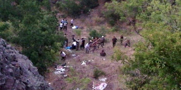Elazığ'da cenaze dönüşü kahreden kaza!