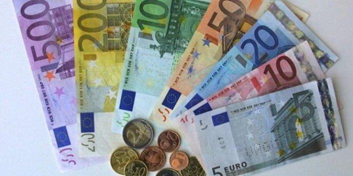 Dolarda bir aydır yaprak kıpırdamadı, euro 8 liranın üzerinde