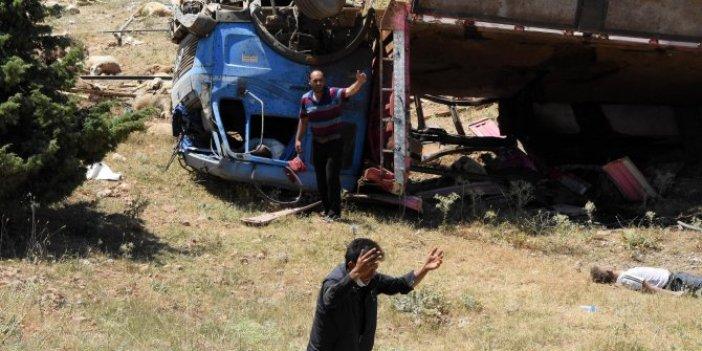 Konya'da feci kaza: Çok sayıda koyun telef oldu