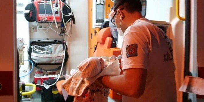 Böyle annelik olmaz olsun! 3 günlük bebek kamyon kasasına terk edildi