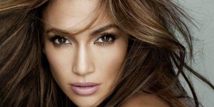 Jennifer Lopez'den makyajsız paylaşım
