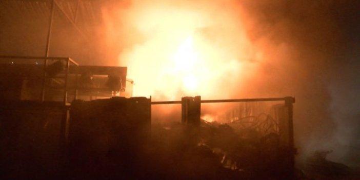 Samsun'da depo alev alev yandı