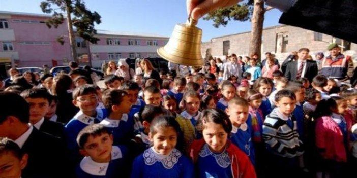 Prof. Dr. Mustafa Çetiner uyardı:Şu anki seyirde okullar açılamaz