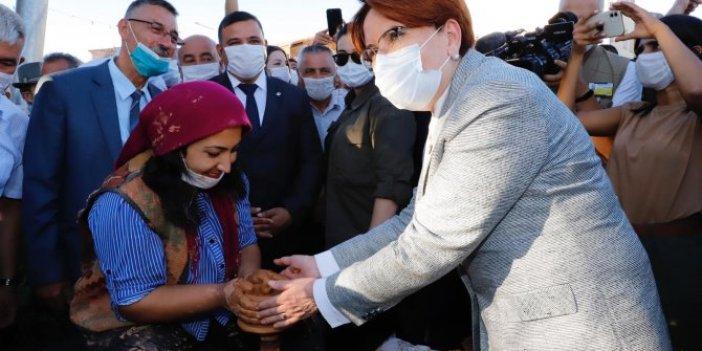Meral Akşener, Nevşehir'de vatandaşla tek tek konuştu