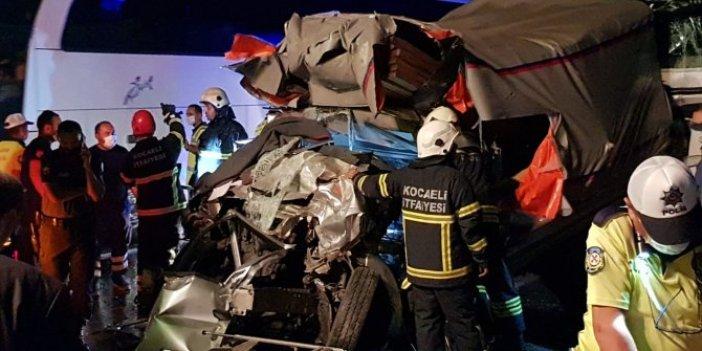Kocaeli'de zincirleme kaza: 1 ölü, 2 yaralı