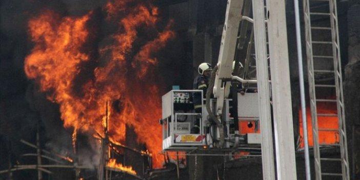 Kovid-19 hastanesinde yangın: 8 ölü