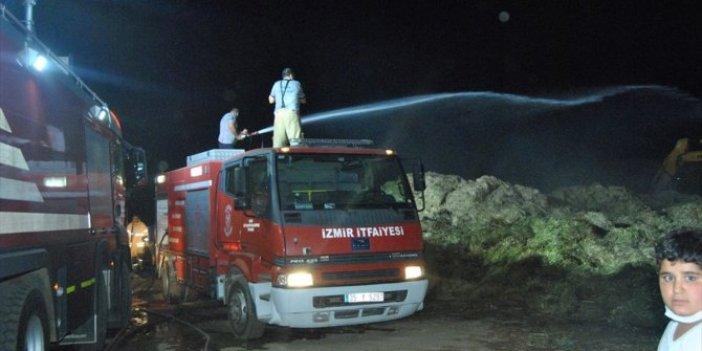 İzmir'de çiftlik yangını! Tonlarca saman yandı
