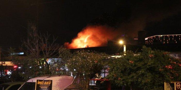 Bornova sanayisinde korkutan yangın!