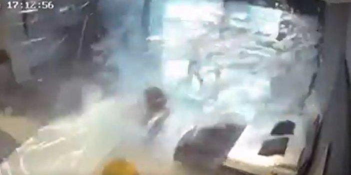 Saniye saniye görüntülendi!3 kadın havada böyle uçtu