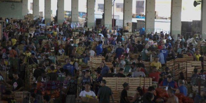 Yüz binlerce insan ölmüştü: Salgının merkezinde korona pazarı