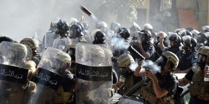 Beyrut'taki patlama ve gösterilerin ardından Lübnan hükümetinde istifa