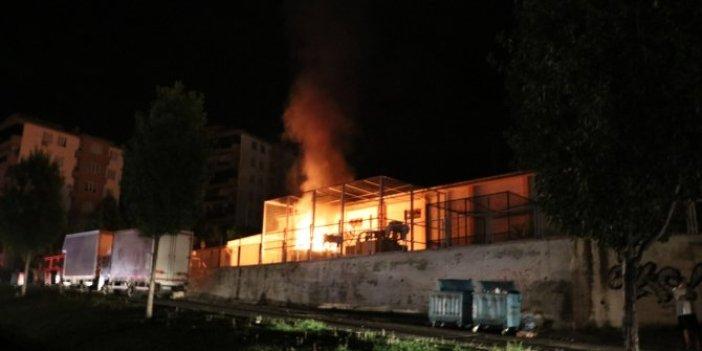 Denizli'de trafo yangını paniğe yol açtı!