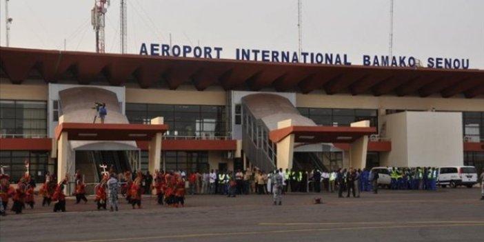 Mali'ye giden THY Nijer'e yönlendirildi