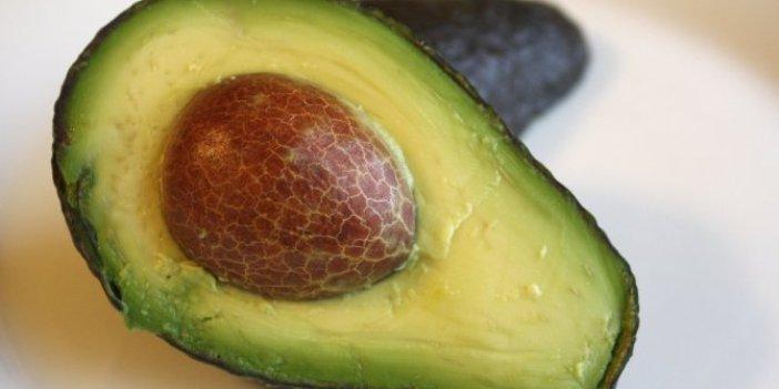 Gün aşırı yarısını yemek yeterli!Bu meyve vitamin ve şifa kaynağı!