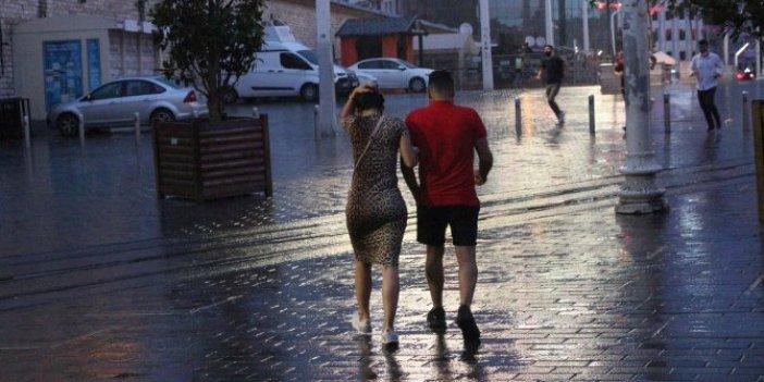 Bazı bölgeler için yoğun yağış uyarısı! İstanbullular güne yağmurla uyandı
