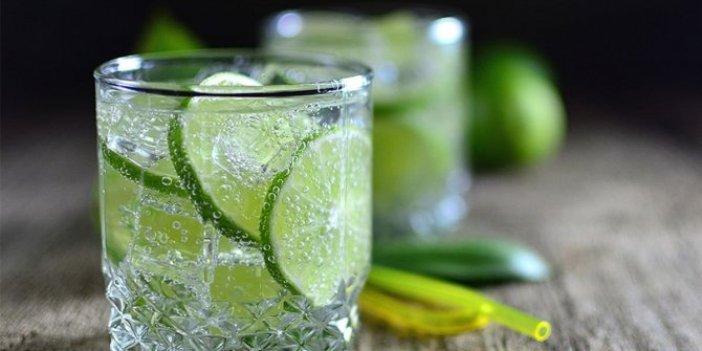 Bu içecek diş çürümesine birebir! Günde 2 bardak yeterli