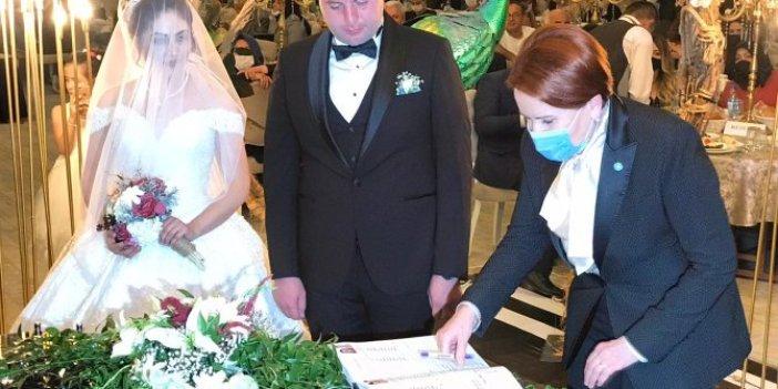 Akşener, genç çiftin mutluluğuna ortak oldu