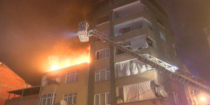 İstanbul'da alevli gece! Gecekonduda başladı! Diğer binalara sıçradı