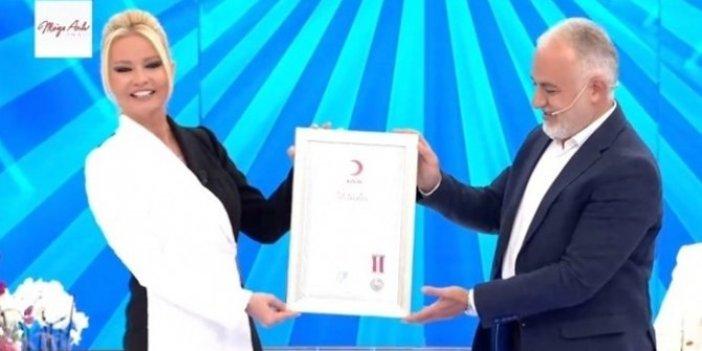 Yeni stüdyosunda yeni sezona başlayan Müge Anlı daha ilk programda büyük ödülü kaptı