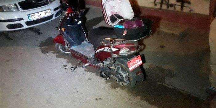 Adana'da elektrikli bisikletini çalmak isteyen hırsızı böyle yakaladı