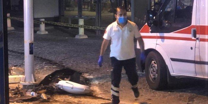 Datça'da alkollü sürücü kafeye daldı! Aynı aileden 5 kişi yaralandı