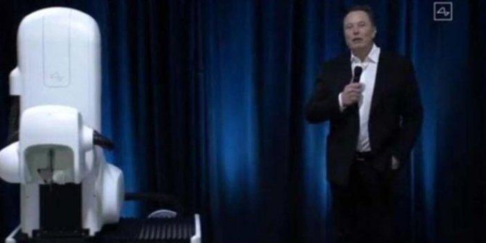 Elon Musk çığır açacak cihazı tanıttı, mikroçip ile beyin kontrol edilecek