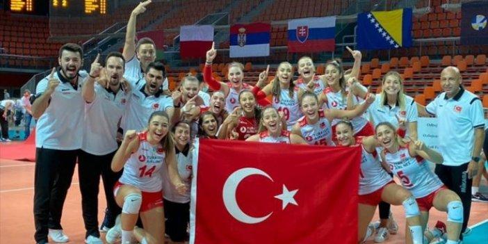 Türkiye, Avrupa şampiyonu! Bravo kızlar! 30 Ağustos Zafer Bayramı'nda Türkiye'yi zafer sevincine boğdular