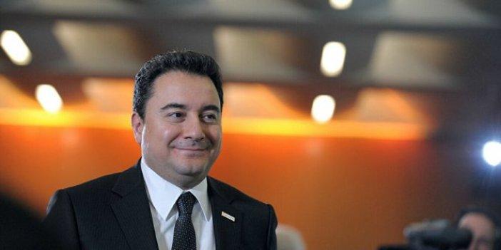 Ali Babacan internet sitesinde arşivini açtı