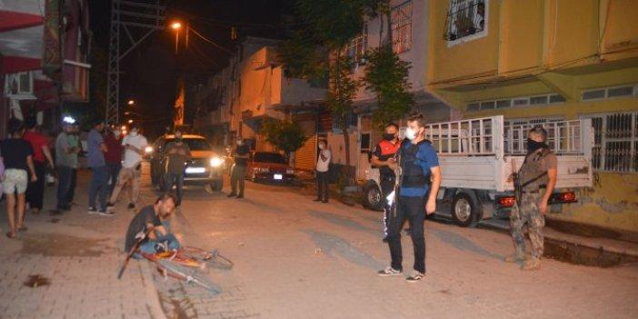 Adana'da evli kadını hem taciz etti hem de mesaj gönderdi! Sen misin evli kadına mesaj atan! Terörle Mücadele ekipleri olay yerinde