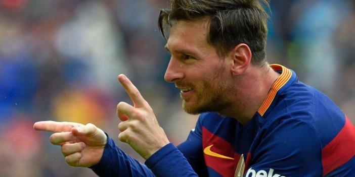 Bakın hangi 2 seçenek arasında kaldı! Messi'nin çaresizliği