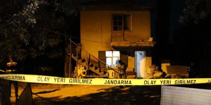 Uşak'ta yalnız yaşayan kişi evde ölü bulundu! Vücudunda bıçak izleri çıktı