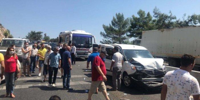 Muğla'da zincirleme kaza: 5 araç hasar gördü, 5 km kuyruk oluştu