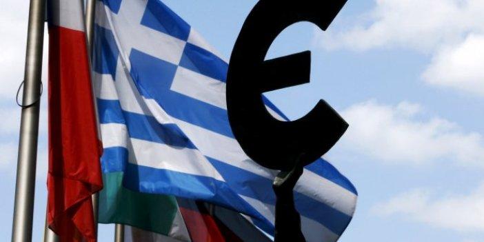Yunanistan ekonomisinde tarihi çöküş devam ediyor
