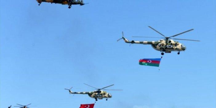 Türkiye ve Azerbaycan'dan savaş sahnelerini aratmayan tatbikat: Düşman hedefleri havadan vuruldu