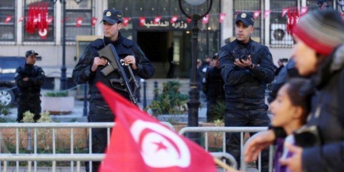 Tunus'ta polislere saldırı: 1 ölü