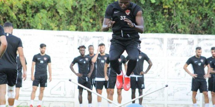 Hatayspor'da yeni transferler takımla çalıştı