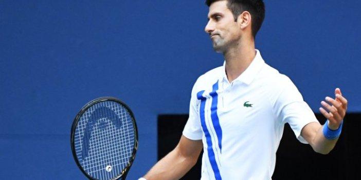 Hakemi vuran Novak Djokovic diskalifiye edildi!