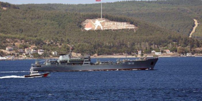 Rus gemisindeki askerlere can yeleği