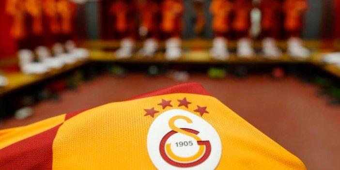 Galatasaray'da lisansı çıkan futbolcular belli oldu