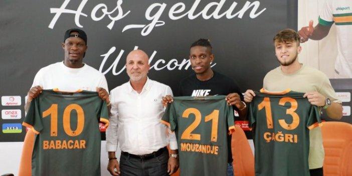 Aytemiz Alanyaspor'da 3 yeni transfer için imza töreni