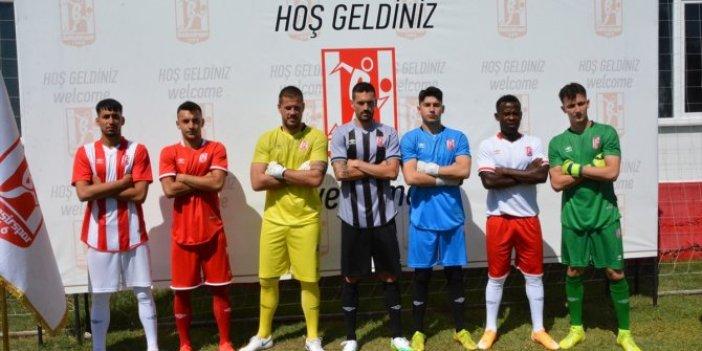 Balıkesirspor'da yeni sezon formaları tanıtıldı