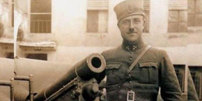 Mustafa Ertuğrul Aker kimdir?