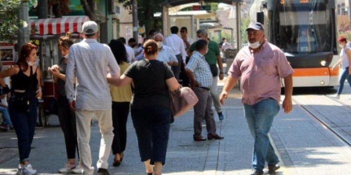 Antalya'da yaş kısıtlamalarında saatler değişti