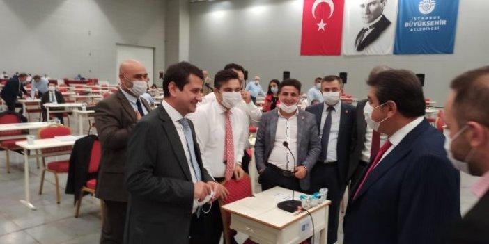 """AKP'li Tevfik Göksu, """"İnternetçi arkadaş"""" dediği Taylan Yıldız'dan özür diledi"""